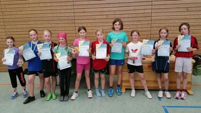 Bezirksentscheid mini-Meisterschaften 2015 Mädchen 10 Jahre